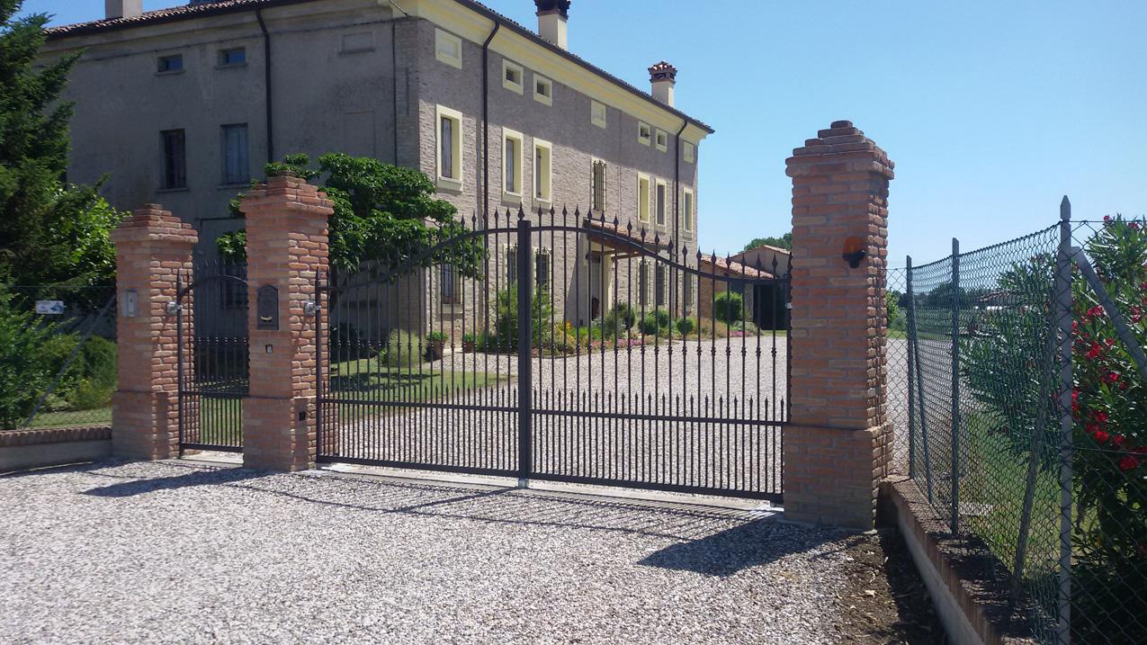 Muretti prefabbricati for Costo per costruire pilastri di pietra